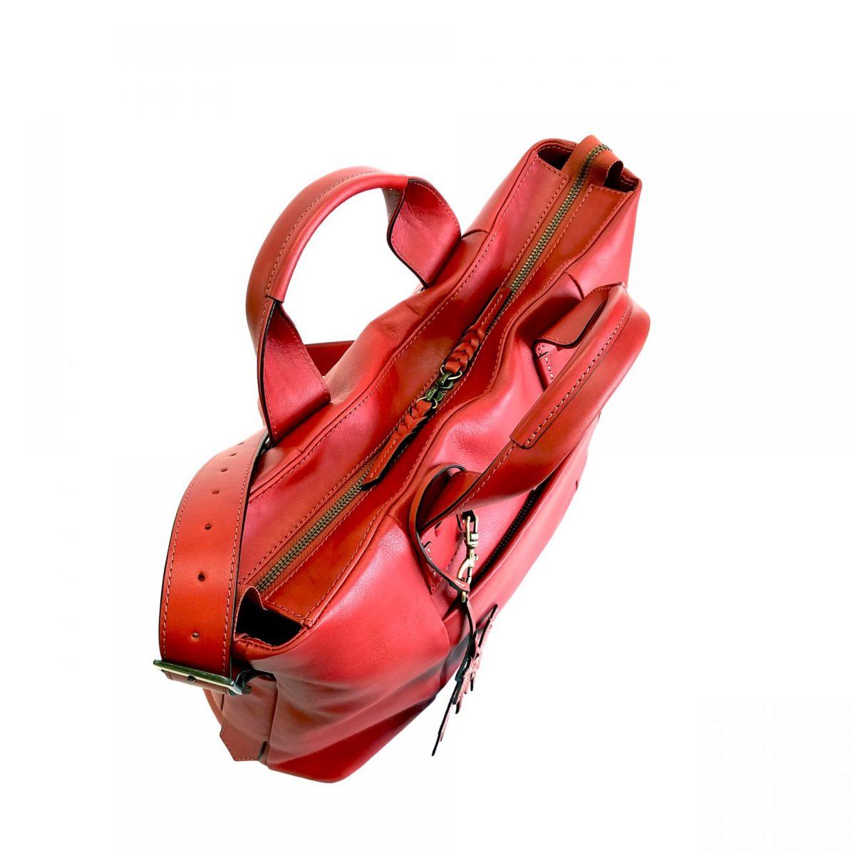 corteo centro rosso | caedekyoto