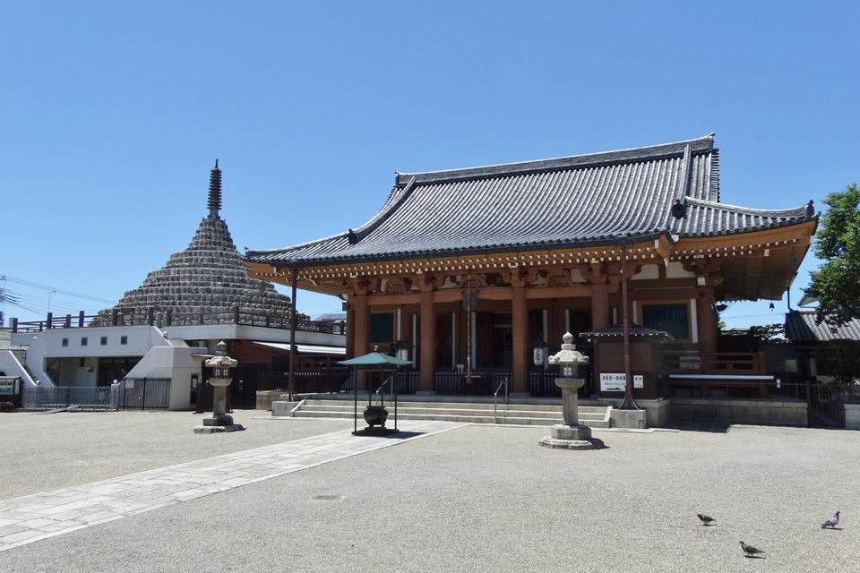 以供奉壬生狂言和新選組也很有名的地藏菩薩的寺院