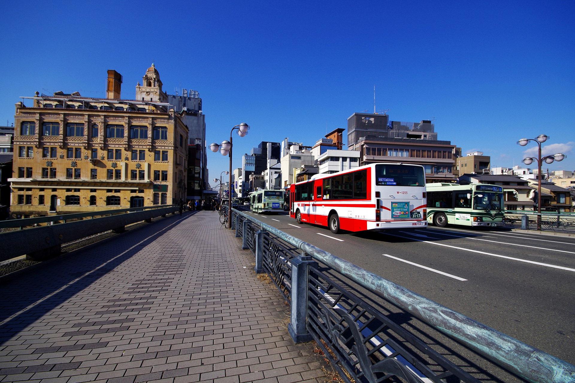 被稱為櫻花名勝的京都推薦的觀光景點是?